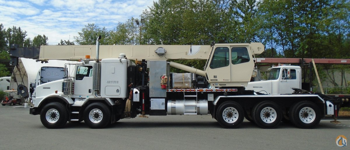 2004 NATIONAL 14110 MOUNTED ON A 2006 KENWORTH T800 Crane for Sale in Surrey British Columbia on CraneNetwork.com