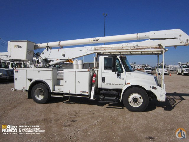 2006 ALTEC AA755-P Crane for Sale in Waxahachie Texas on CraneNetwork.com