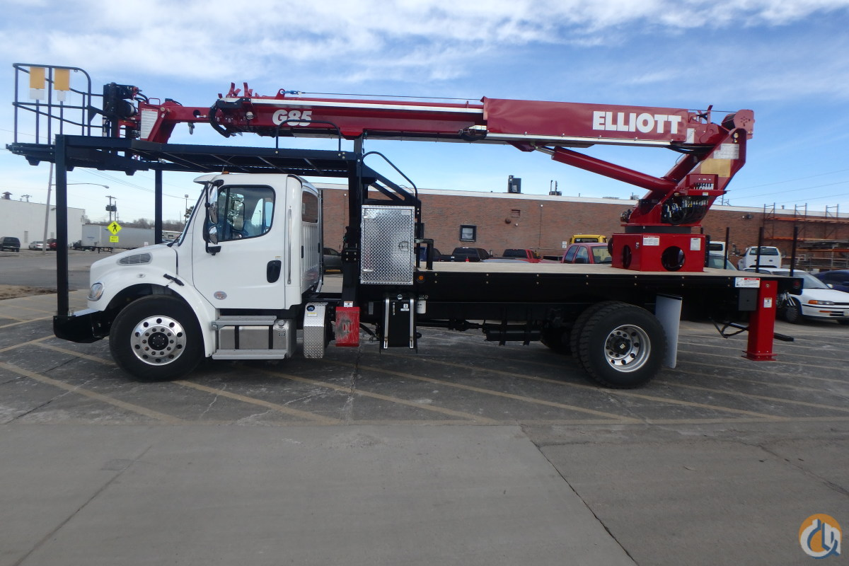 ELLIOTT G85 MOUNTED ON A 2017 FREIGHTLINER M2106 Crane for Sale in Bristol Pennsylvania on CraneNetworkcom