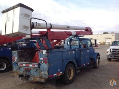 Sold 2001 Altec AA600-P Crane for  in Charlotte Michigan on CraneNetworkcom