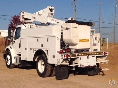 Altec AT37G Bucket Sign Cranes Crane for Sale 2011 Altec AT37G in Villa Rica  Georgia  United States 218762 CraneNetwork