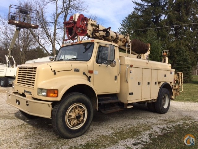 1994 ALTEC D842 MOUNTED ON A INTERNATIONAL 4900 Crane for Sale in Lexington Ohio on CraneNetwork.com