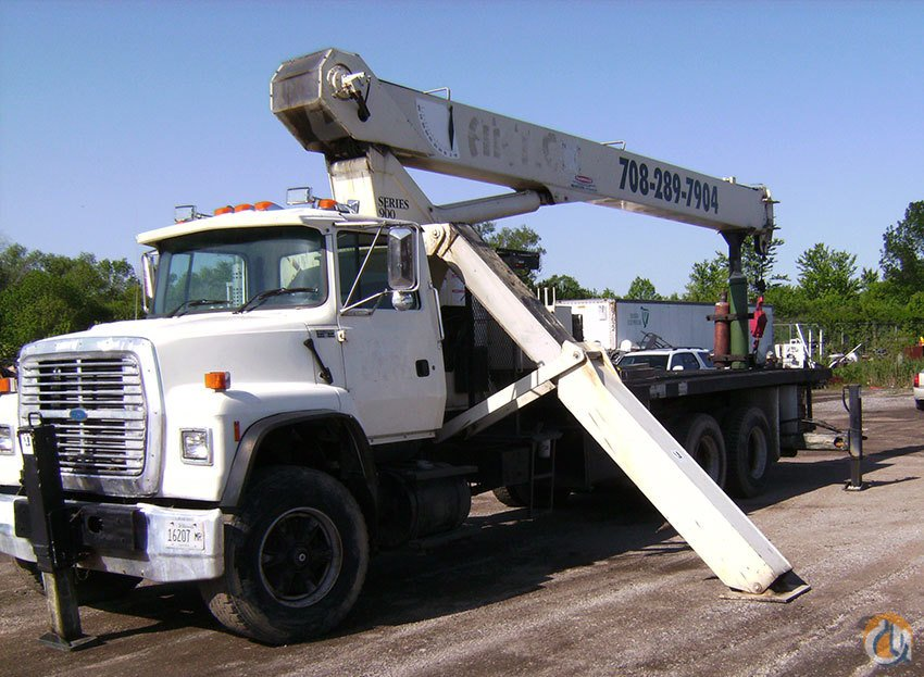 National 900 Boom Truck Cranes Crane for Sale National 900 in  Illinois  United States 162789 CraneNetwork