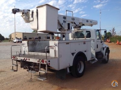 Sold 2005 Altec L42M Crane for  in Villa Rica Georgia on CraneNetwork.com
