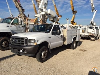 2002 Altec AT200-A Crane for Sale in Waxahachie Texas on CraneNetworkcom