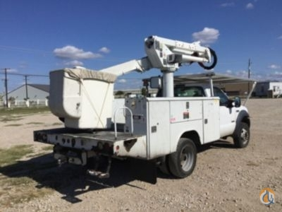 Sold 2006 Altec AT37G Crane for  in Waxahachie Texas on CraneNetwork.com