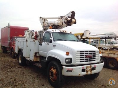 Sold 2002 Altec TA40 Crane for  in Charlotte Michigan on CraneNetworkcom