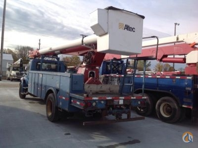 Sold 2003 Altec AM900 Crane for  in Charlotte Michigan on CraneNetworkcom