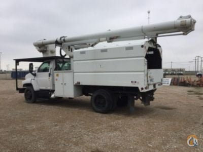 Sold 2005 Altec LRV-55 Crane for  in Waxahachie Texas on CraneNetwork.com
