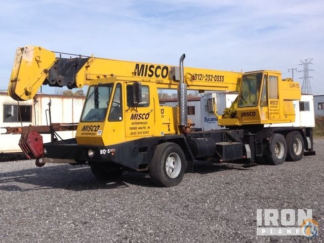Sold Clark 720 Hydraulic Truck Crane Crane for  in West Terre Haute Indiana on CraneNetworkcom