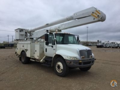 2006 Altec AA755L-MH Crane for Sale in Waxahachie Texas on CraneNetworkcom