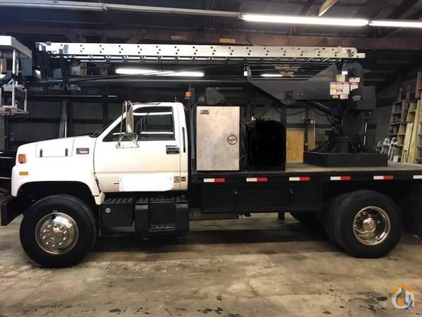 2000 GMC 7500 with 1995 Skyhoist SR53 Remote Crane Ready to work No longer need this truck. Crane for Sale in Linesville Pennsylvania on CraneNetwork.com