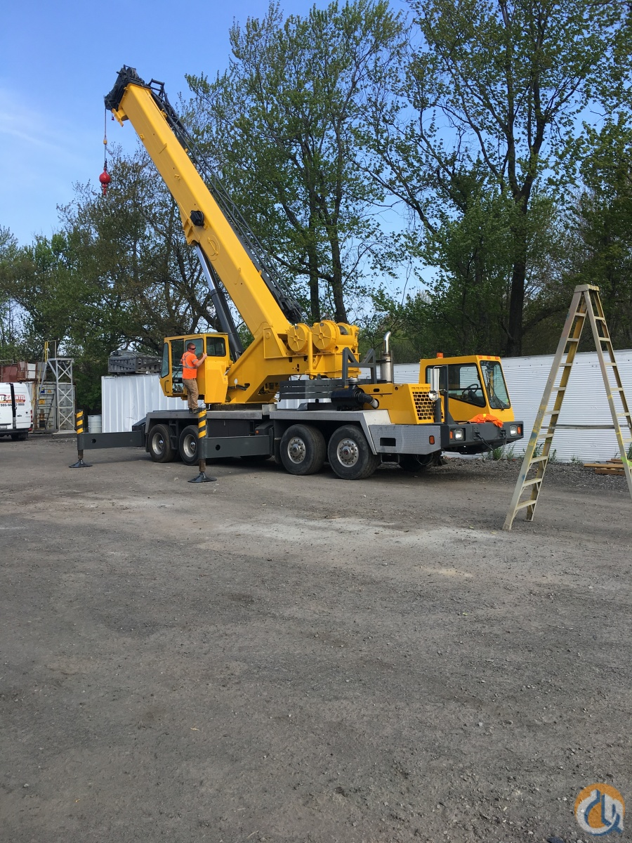 2004 Grove TMS700E Crane for Sale in Hamilton Ontario on CraneNetwork.com