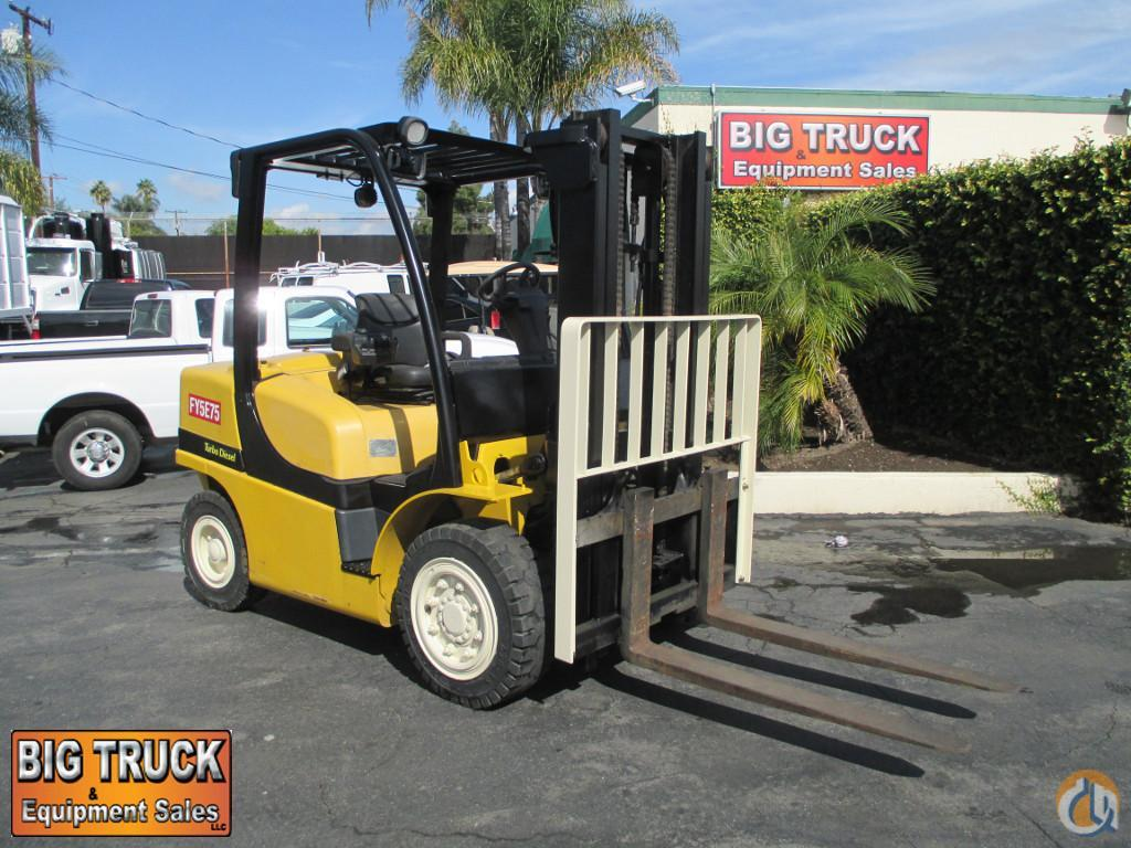 2009 YALE GDP080VX Crane for Sale in Norwalk California on CraneNetwork.com