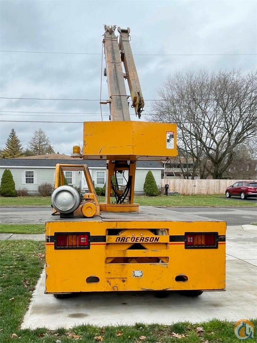 1999 BRODERSON IC-80-3F Crane for Sale in Syracuse New York on CraneNetwork.com