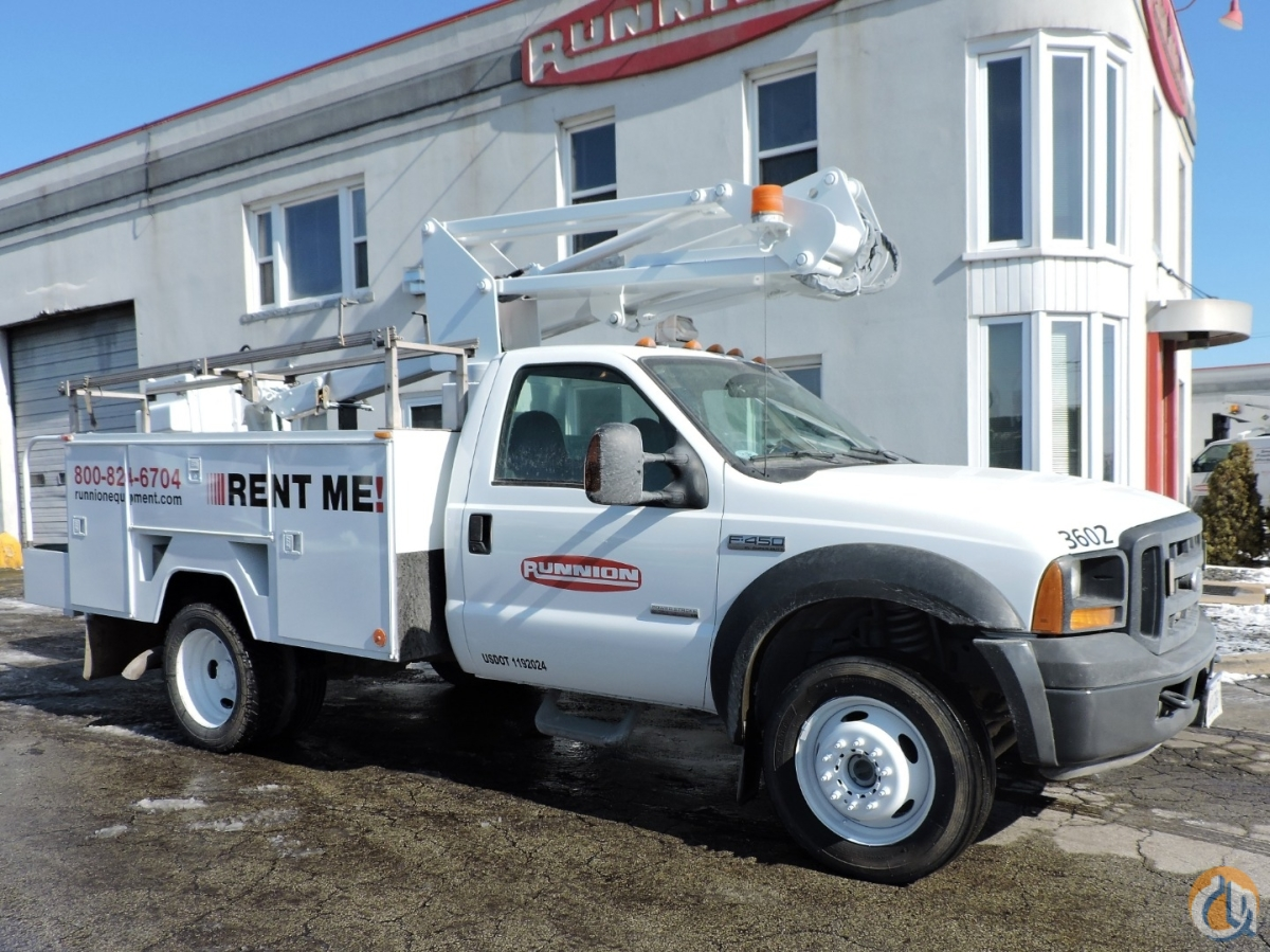 ETC 35 SNT Bucket Truck - 40 feet working height Crane for Sale in Hodgkins Illinois on CraneNetwork.com