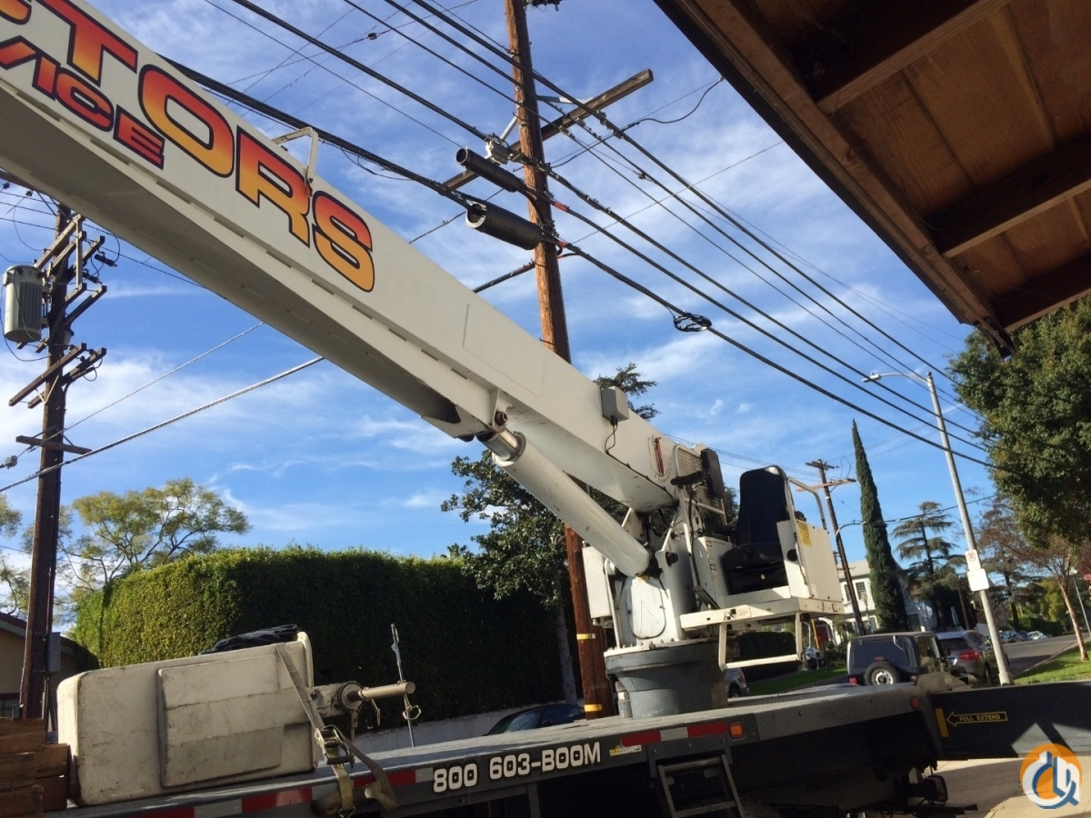 2008 ford MANITEX 22101s 22 ton crane with air conditioning Crane for Sale in Los Angeles California on CraneNetwork.com
