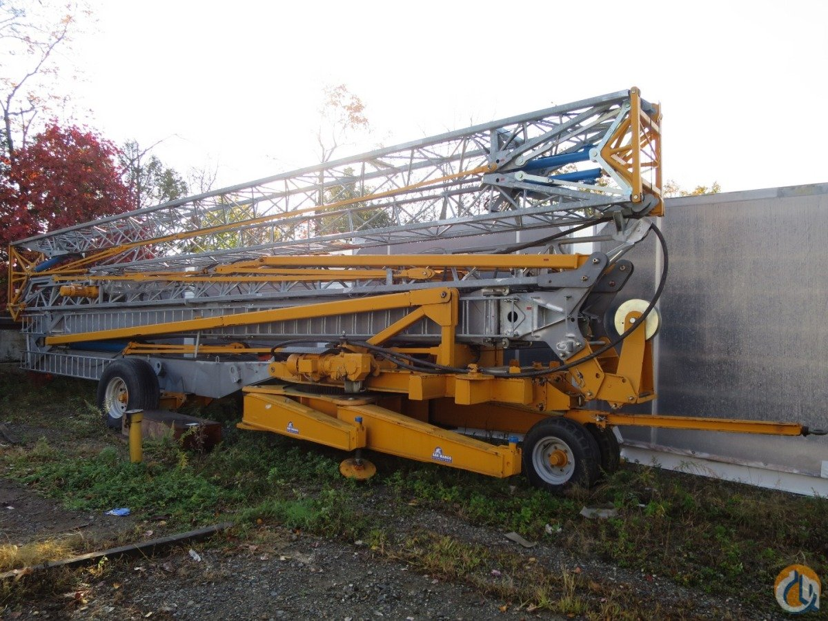 Self Erecting Tower Crane Trailer Mounted Crane For Sale