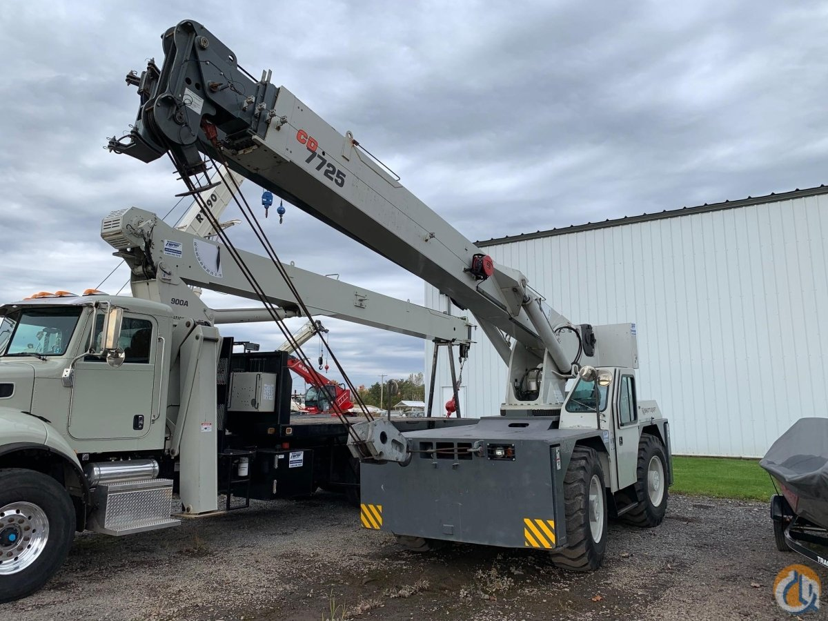 2010 SHUTTLELIFT CD7725 Crane for Sale in North Syracuse New York on CraneNetwork.com