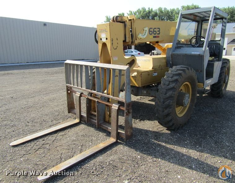 1993 Gehl 663 Crane for Sale in Fairfax Iowa on CraneNetwork.com