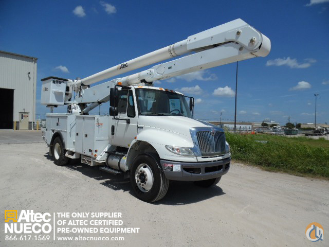 2009 ALTEC AA755-MH Crane for Sale in Waxahachie Texas on CraneNetworkcom