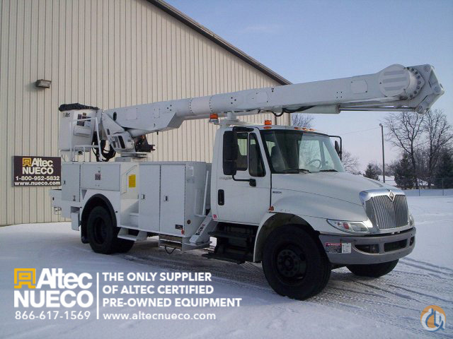 2008 ALTEC AM855-MH Crane for Sale in Fort Wayne Indiana on CraneNetworkcom