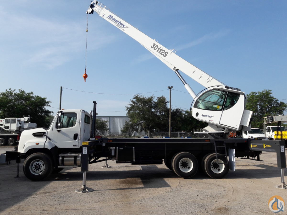 New Elliott 30112S sn 281986 on a Freightliner 108SD Crane for Sale in Tampa Florida on CraneNetwork.com