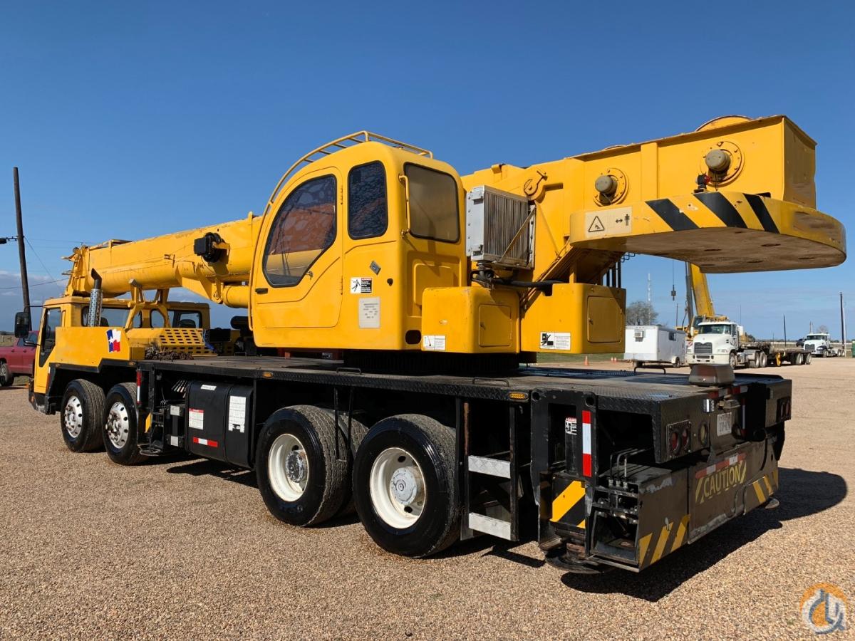 2007 XCMG 55 TON TRUCK CRANE Crane for Sale in Houston Texas