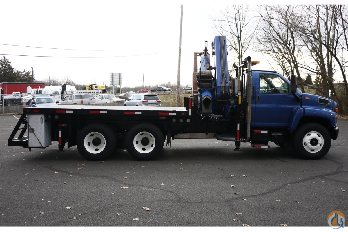 Sold 2006 FASSI F330B.24 Crane for  in Hatfield Pennsylvania on CraneNetwork.com