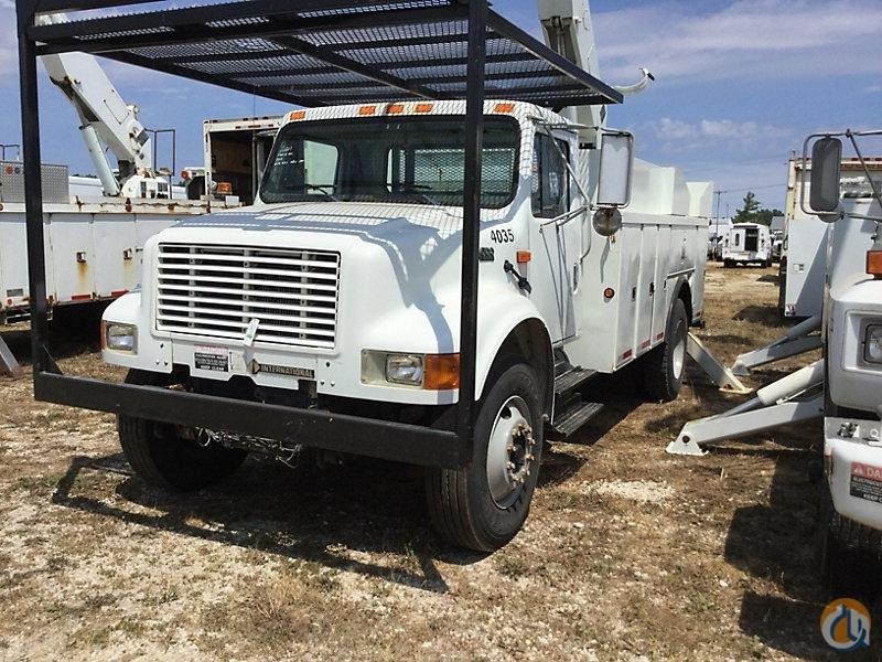 Sold Altec AA600-P Crane for in Charlotte Michigan on CraneNetwork com