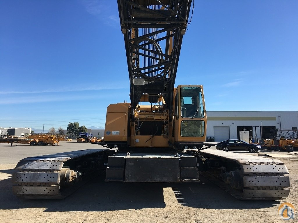 1997 Manitowoc 888 Lattice Boom Crawler Series II Crane for Sale on CraneNetwork.com