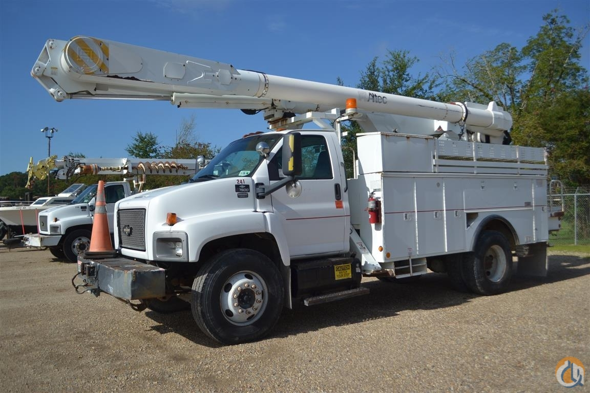 Sold 2005 ALTEC AM855 Crane for  in Livingston Louisiana on CraneNetwork.com