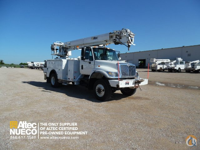 2007 ALTEC DM47-TR Crane for Sale in Waxahachie Texas on CraneNetwork.com