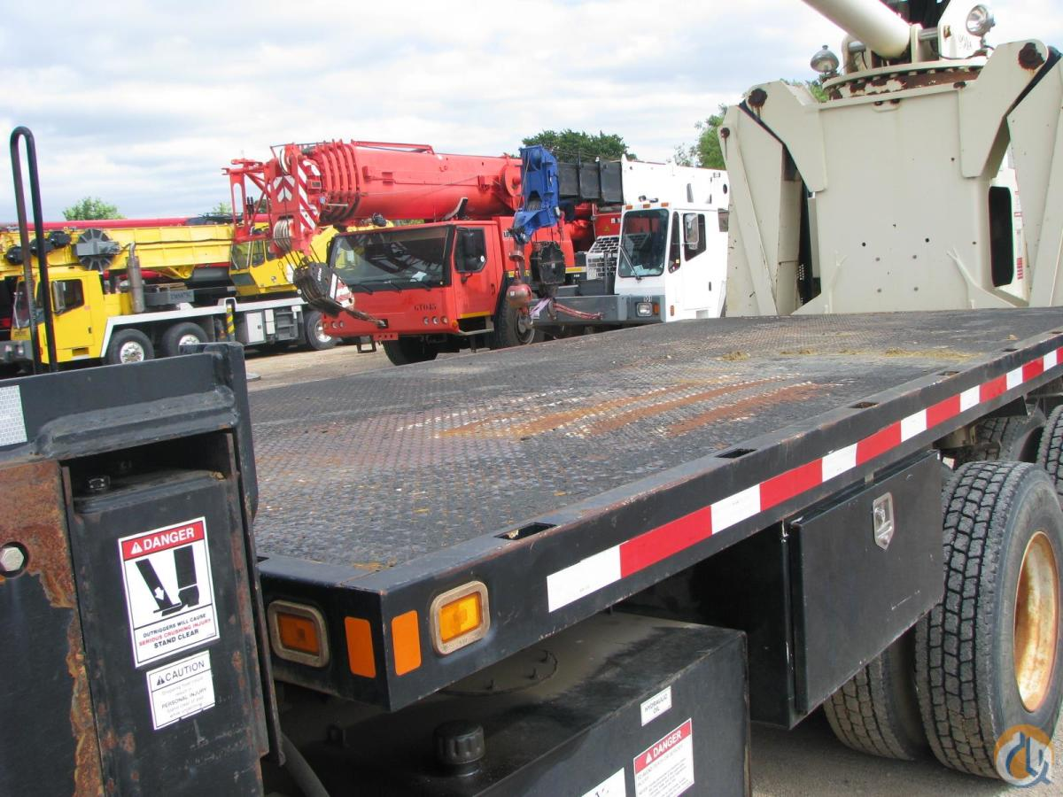 2006 NATIONAL 900A Crane for Sale in Lewisville Texas on CraneNetwork.com