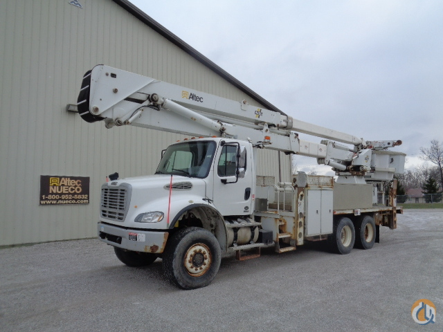 2007 Altec AH100 Crane for Sale in Fort Wayne Indiana on CraneNetwork.com