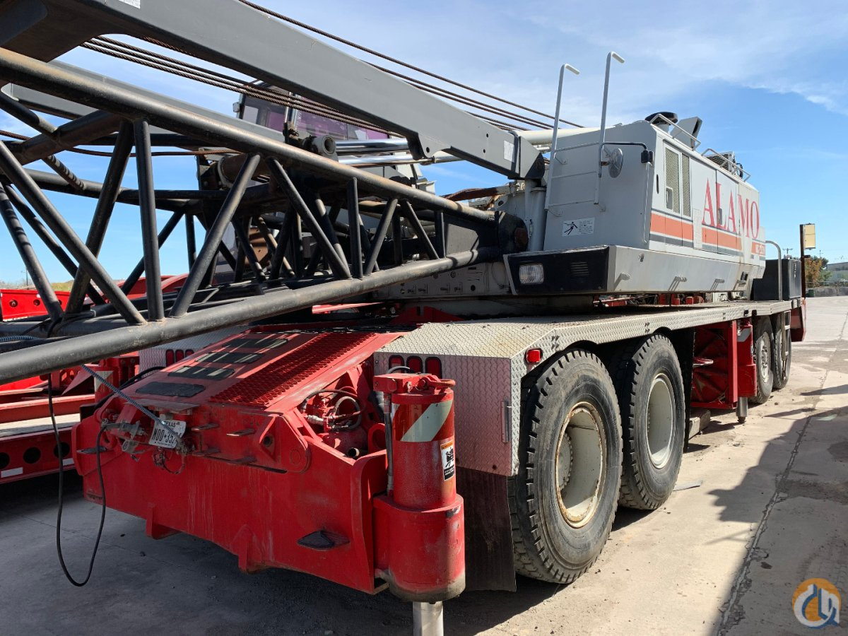 1998 LINK BELT HC238H CONVENTIONAL TRUCK CRANE Crane for Sale in San Antonio Texas on CraneNetwork.com