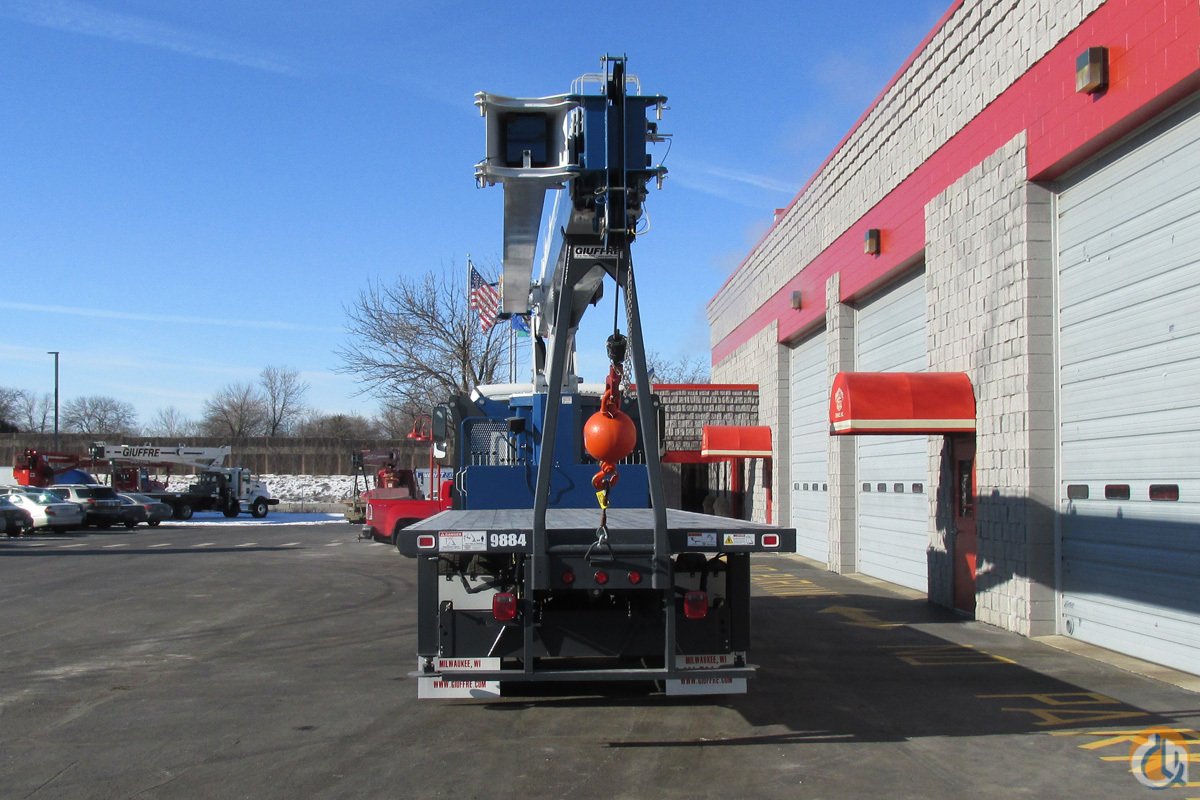 Sold New 30 Ton Manitex Auto Trans 350hp Truck Crane For