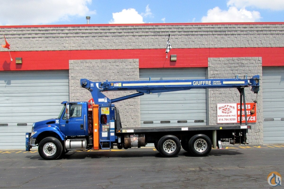 Sold Used 12 ton Terex on 2003 IHC Truck Crane for  in Cicero Illinois on CraneNetwork.com