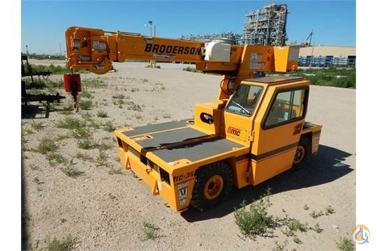2014 BRODERSON IC-35 - DIESEL- MINT CONDITION - ONLY 17 HOURS Crane for Sale in Fort Wayne Indiana on CraneNetworkcom