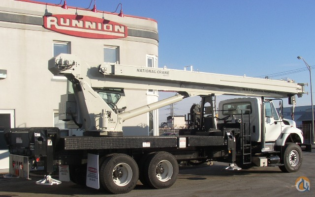 Sold National 14127A swing cab 33 Ton on a 2012 International  7500 SBA 6X4 Truck Crane for  in McCook Illinois on CraneNetwork.com