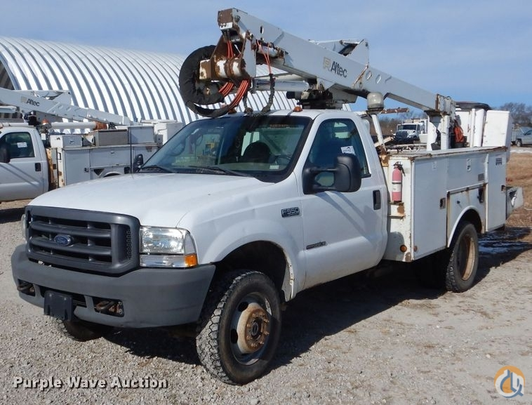 2000 Ford F550 Super Duty XL Crane for Sale in Tipton Missouri on CraneNetwork.com