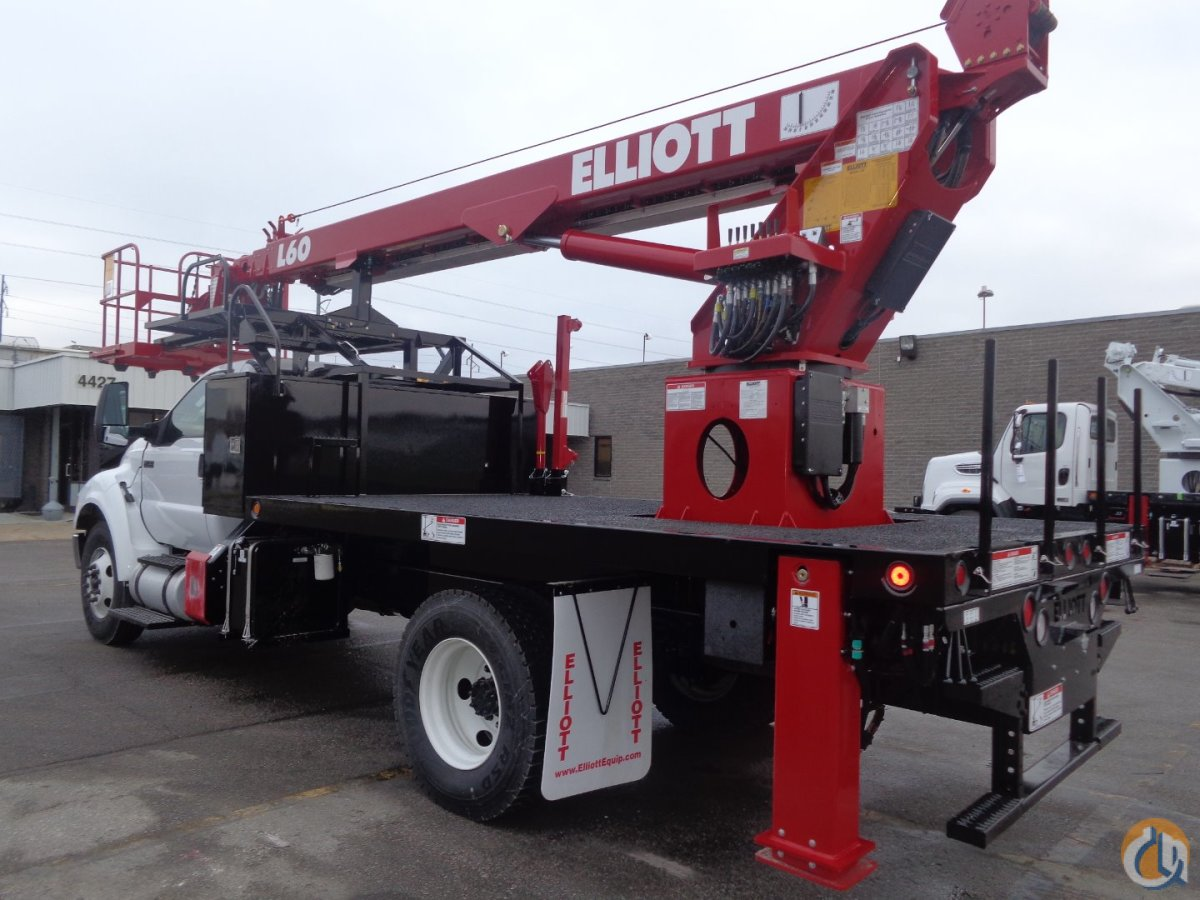 New 2017 Elliott L60R Sign Truck for Sale Crane for Sale in Pflugerville Texas on CraneNetwork.com