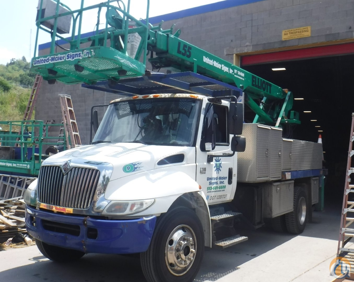 2004 International 4300 Crane for Sale in Cincinnati Ohio on CraneNetwork.com