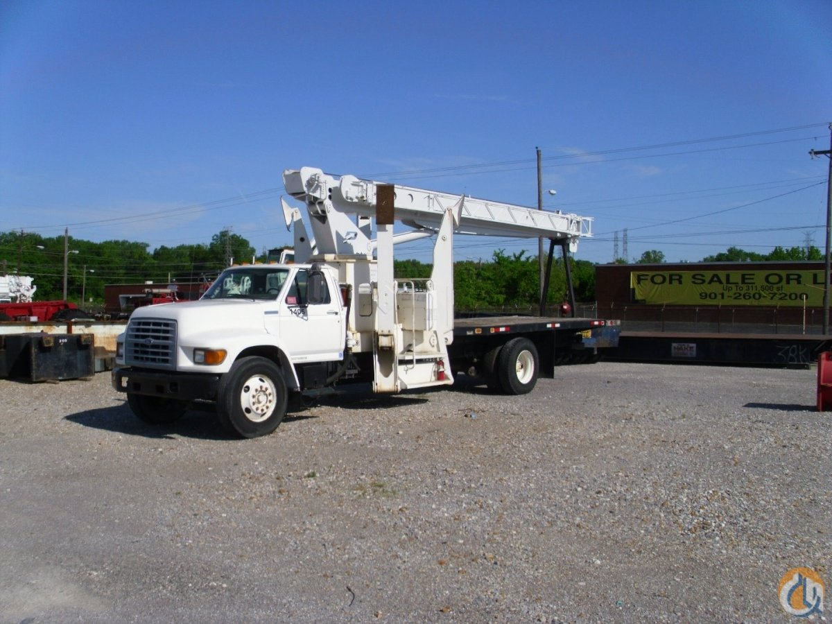 Sold 1997 Pioneer 1000 Series Crane for  in Memphis Tennessee on CraneNetwork.com