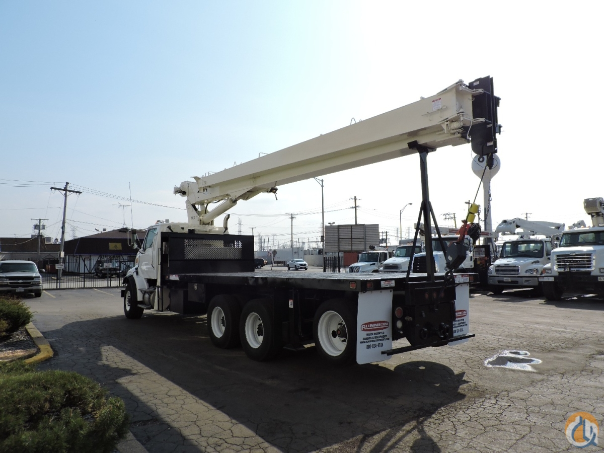 National Crane 8100D with Jib Crane for Sale in Lyons Illinois on CraneNetwork.com