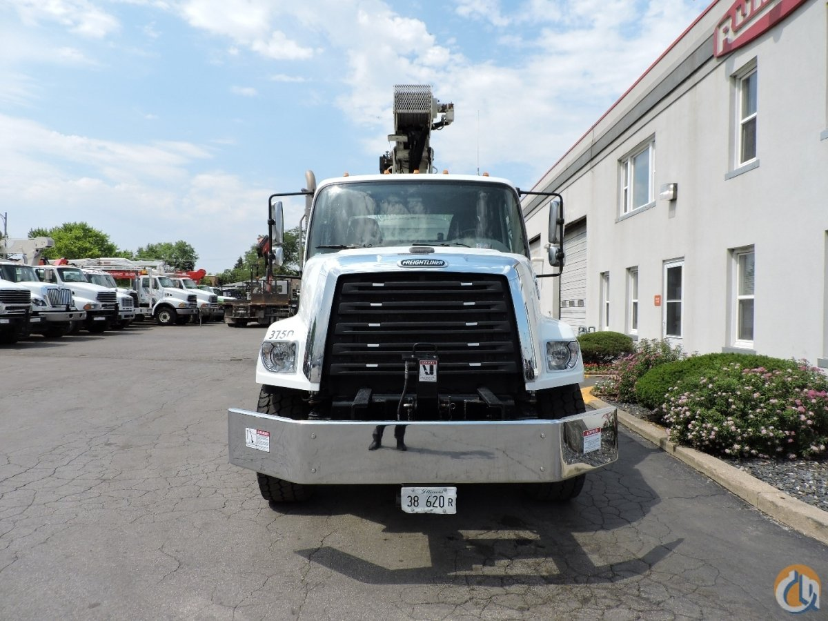 National 8100D 23-Ton Crane on 2015 Freightliner 108SD Crane for Sale in Lyons Illinois on CraneNetworkcom