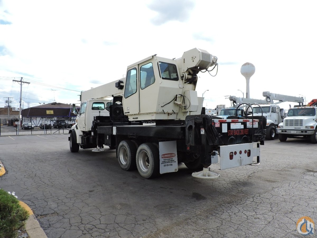 National 14110 33Ton Crane 2004 Sterling LT 8500 Truck Crane for Sale in Lyons Illinois on CraneNetwork.com