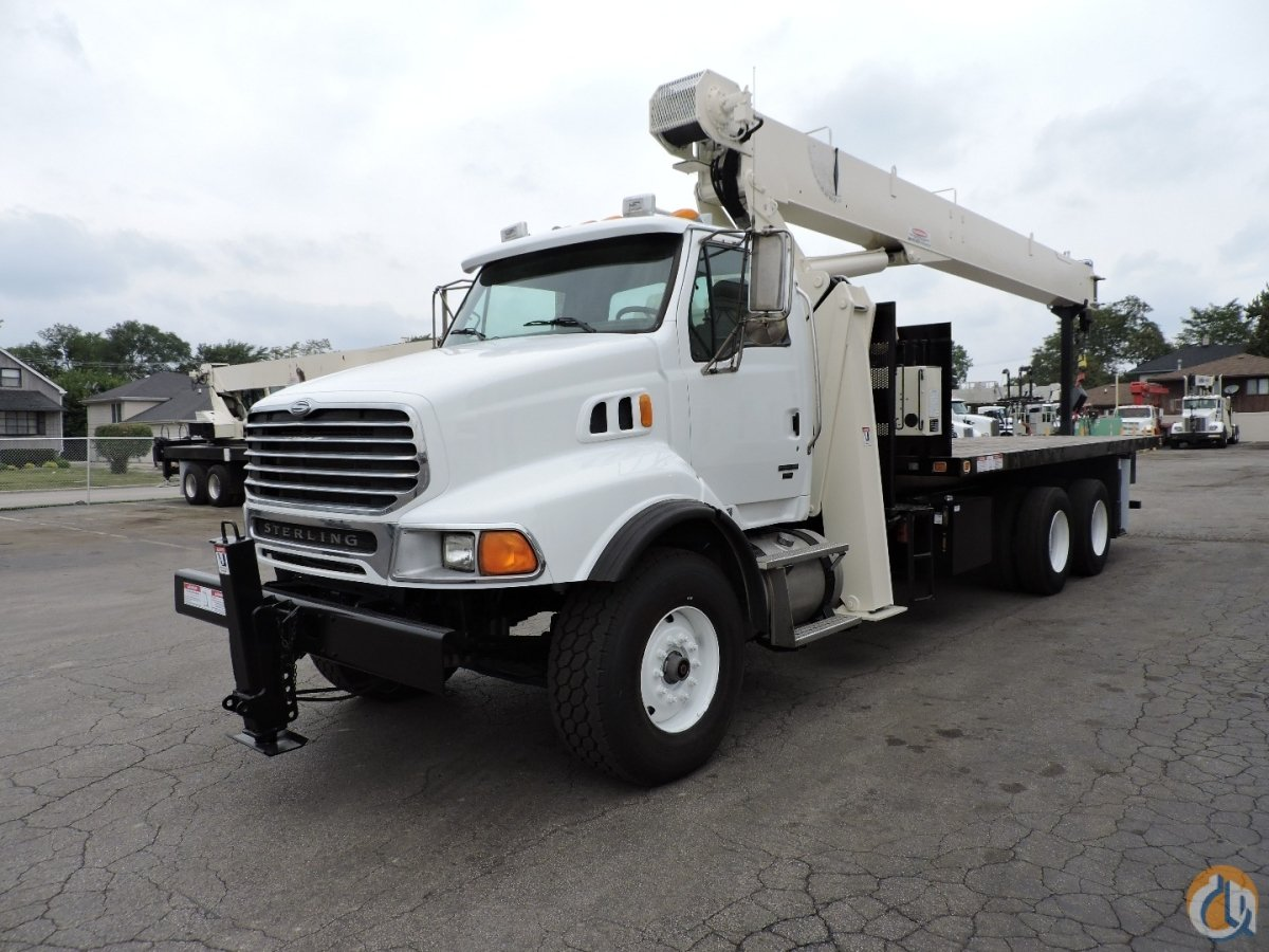 NATIONAL CRANE 8100D 2007 Sterling Crane for Sale in Lyons Illinois on CraneNetwork.com