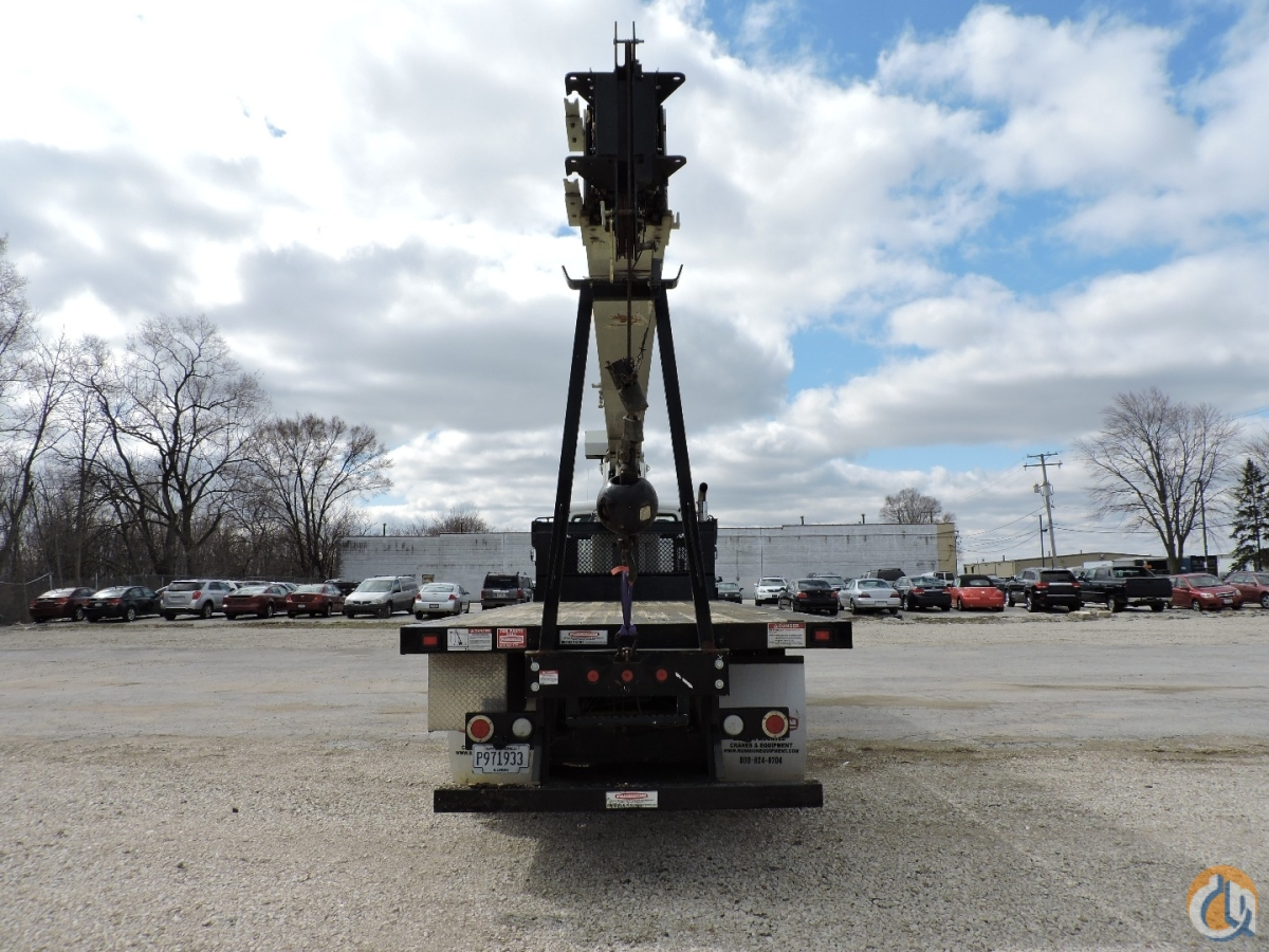 National Crane NBT30H 2015 Freightliner 108SD Crane for Sale or Rent in Lyons Illinois on CraneNetwork.com