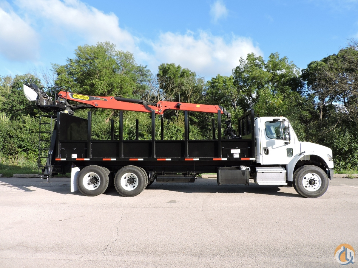 M13A80 Log Loader mounted on a 2020 Freightliner M2-106 Crane for Sale in Hodgkins Illinois on CraneNetwork.com
